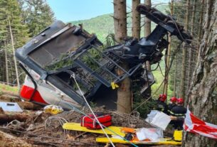 14 killed in Italy cable car crash